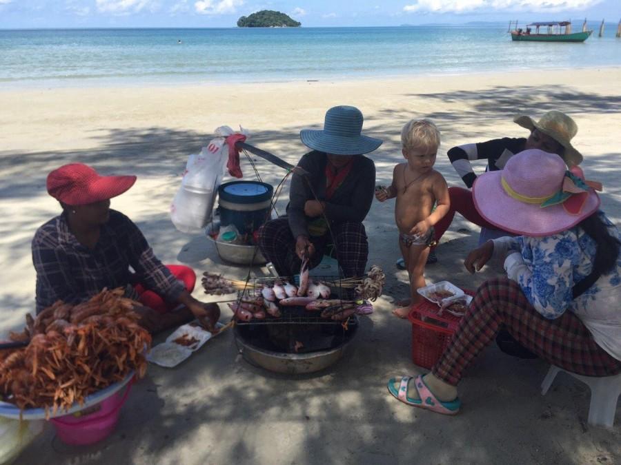 Кафе на пляже в Камбодже